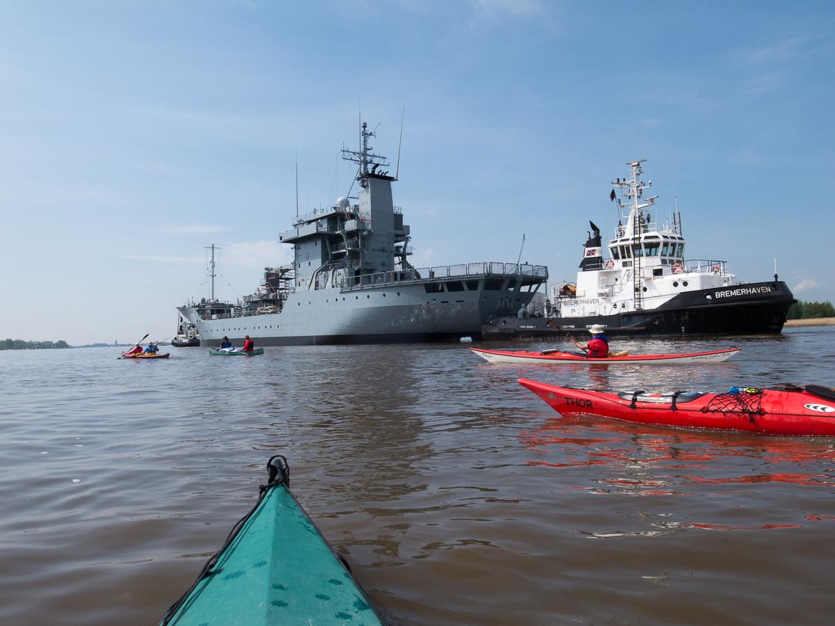 Versorgungsschiff der Marine