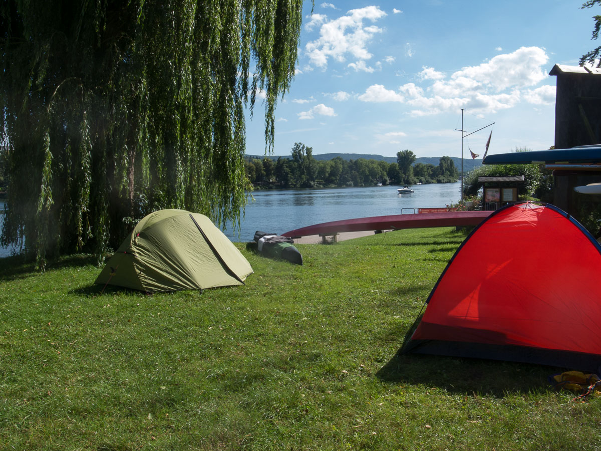Unsere Zelte auf dem Gelände des WSV Metternich