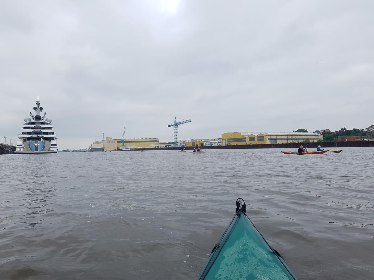 Werft kurz vor der Lesum-Mündung